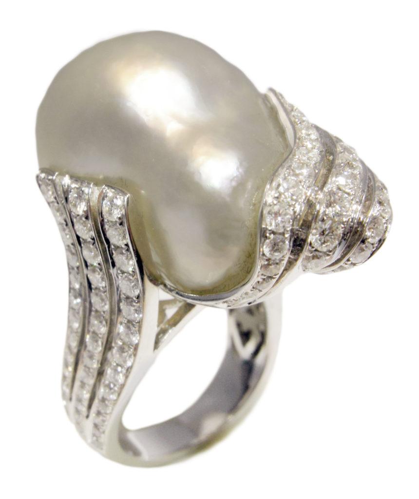 R009 – Λευκά Διαμάντια 2,14Ct – Μπαρόκ Μαργαριτάρι Νοτίων Θαλασσών 17,50mm