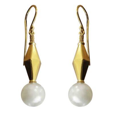 E241 – Yellow Gold – Akoya Pearls